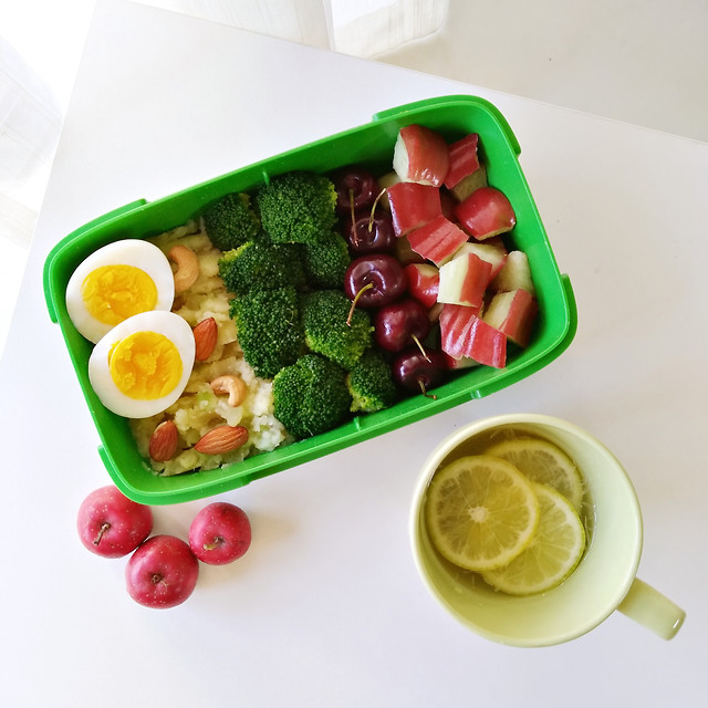 color-salad-fruit-and-vegetable-easy-lunch-fat-reduction picture material
