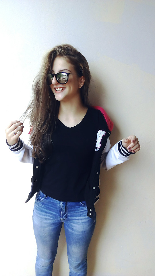 girl-portrait-woman-sunglasses-fashion picture material