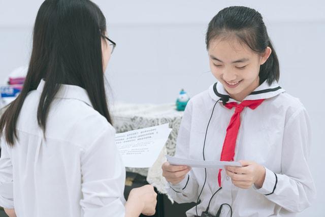 training-shenzhen-host-uniform-stethoscope picture material