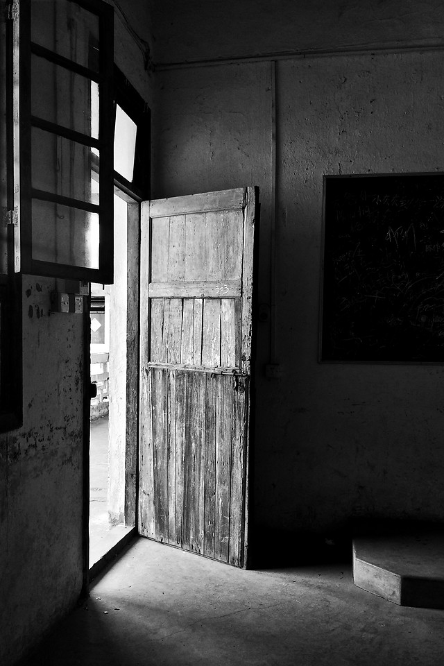 no-person-abandoned-architecture-window-door picture material