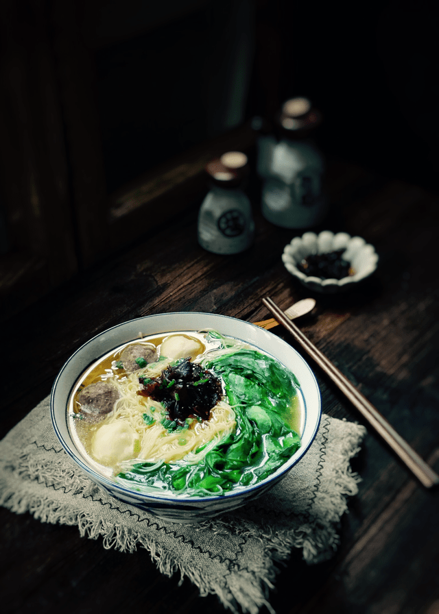 dish-food-cuisine-meal-chicken-noodle 图片素材