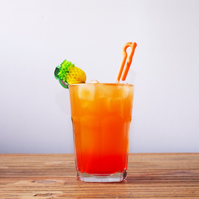 juice-glass-cocktail-cold-drink 图片素材