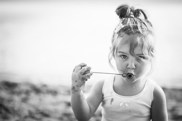 people-child-one-portrait-girl picture material
