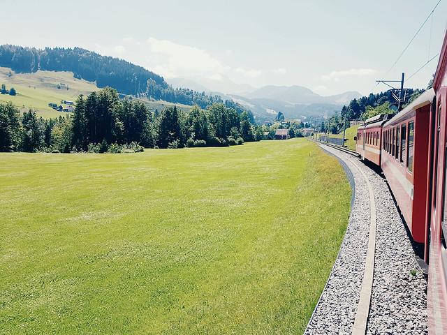 travel-landscape-nature-grass-no-person 图片素材