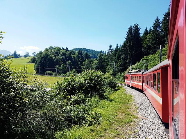 locomotive-no-person-travel-nature-railway 图片素材