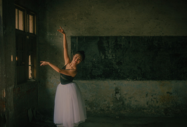 people-ballerina-one-ballet-adult picture material