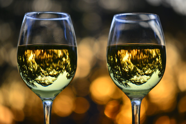 wine-glass-white-wine-drink-alcohol 图片素材
