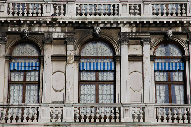 architecture-building-facade-house-old picture material