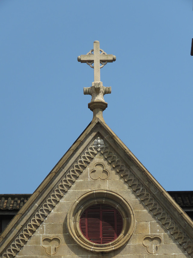 architecture-religion-church-building-sky picture material