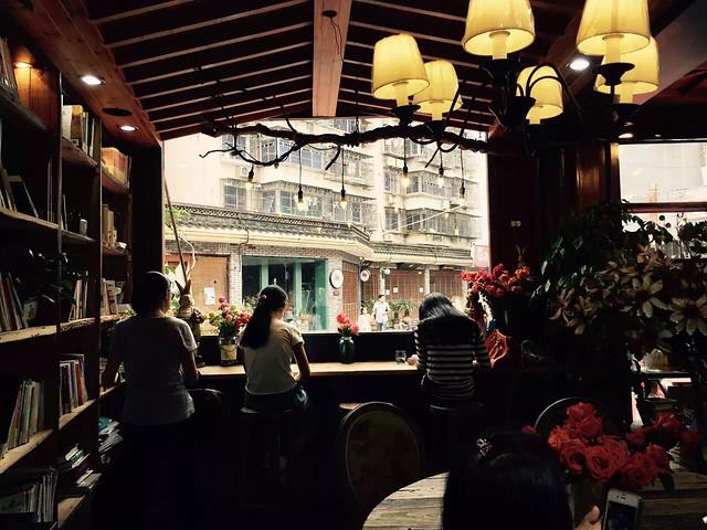 people-bar-restaurant-group-commerce 图片素材