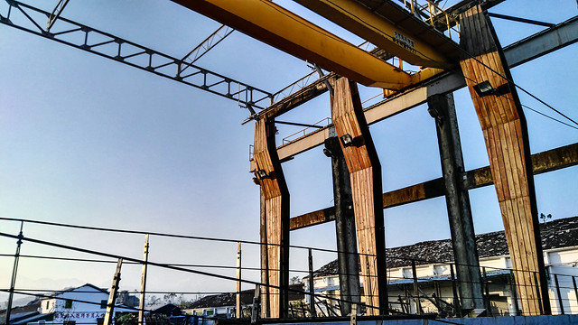 sky-steel-expression-industry-construction picture material