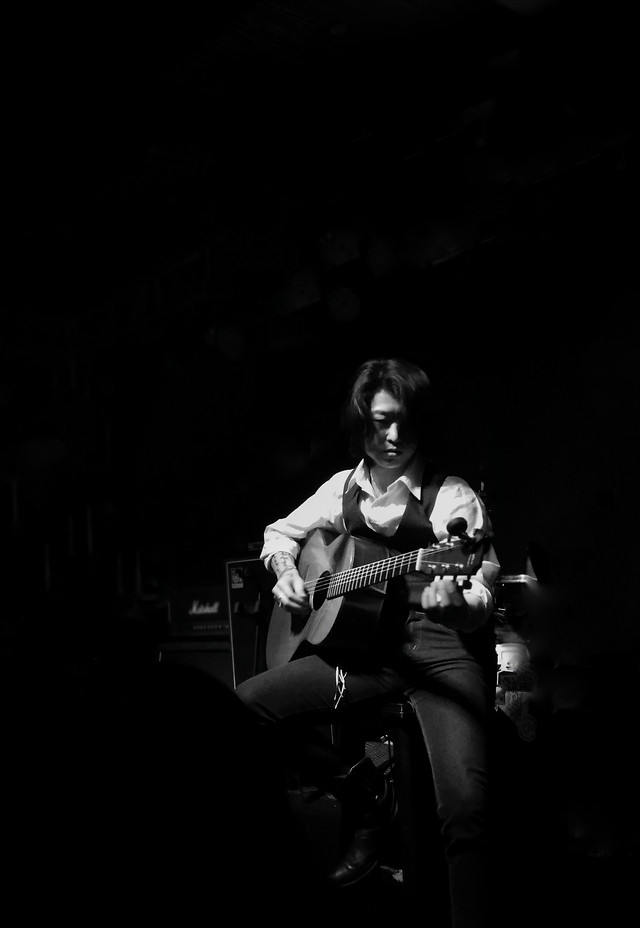 guitar-instrument-music-musician-guitarist picture material