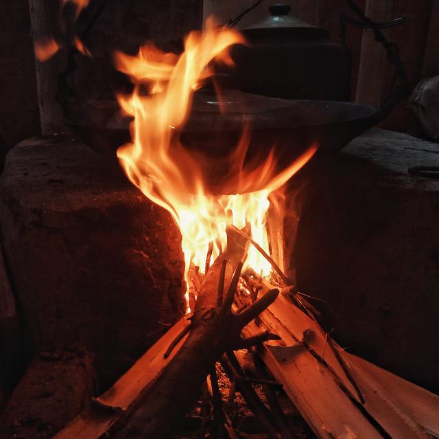 flame-bonfire-firewood-fireplace-heat 图片素材