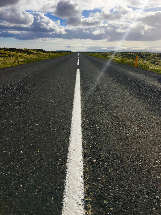 asphalt-road-highway-no-person-guidance picture material