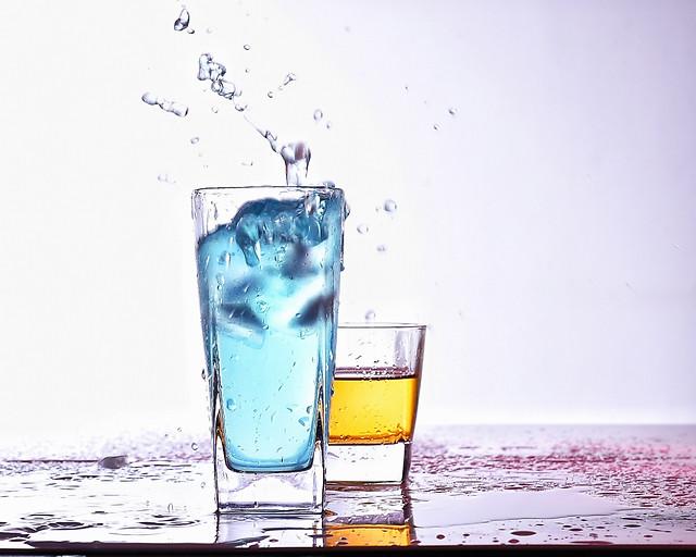 drink-cold-icee-glass-cube 图片素材