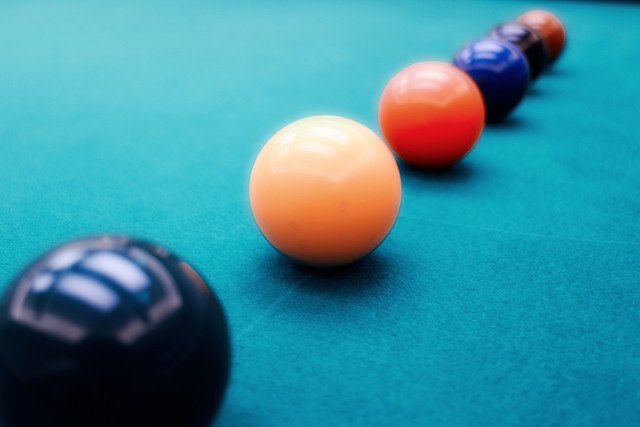 ball-posing-creative-color-billiard picture material