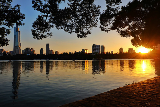 no-person-water-sunset-reflection-skyline 图片素材
