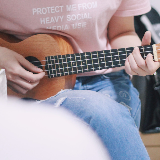 guitar-music-instrument-acoustic-sound picture material