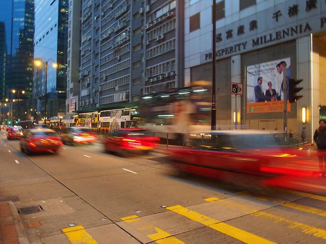 traffic-car-road-street-bus 图片素材